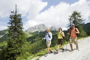 _Jeden-Tag-eine-neue-Wanderidee_-Nassfeld Sommerurlaub